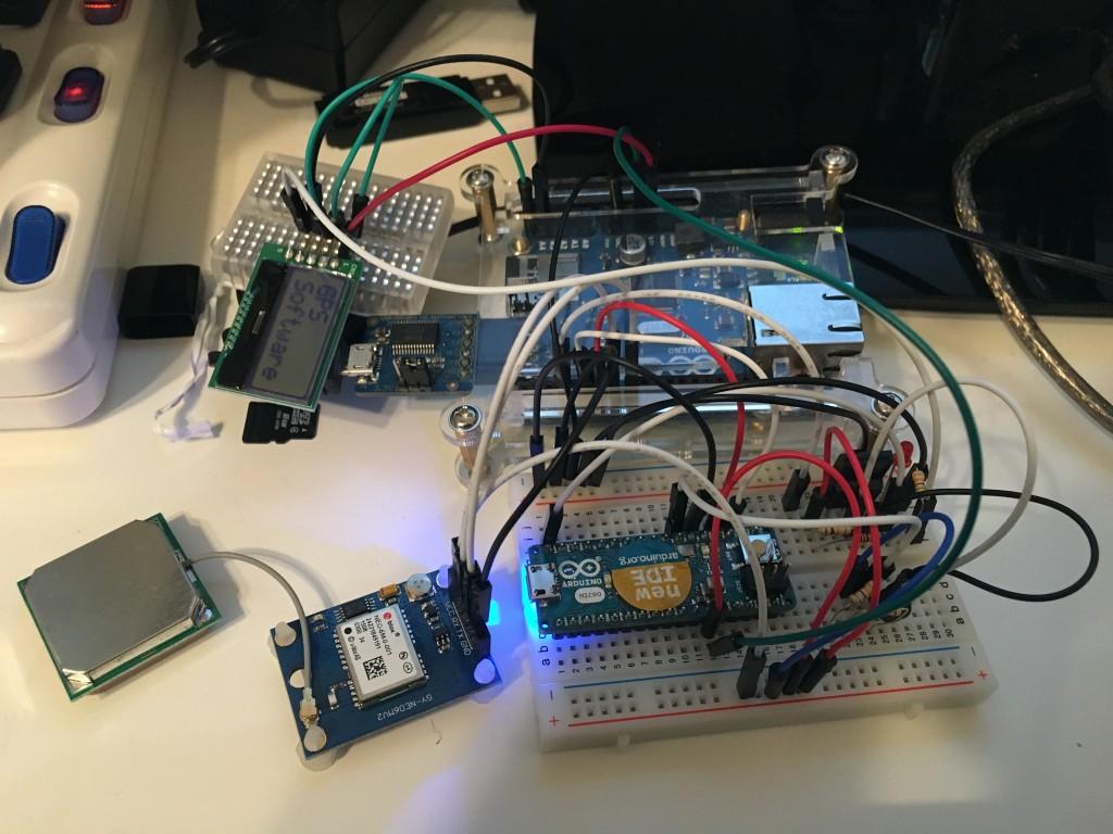 Arduino 101 AQM0802A